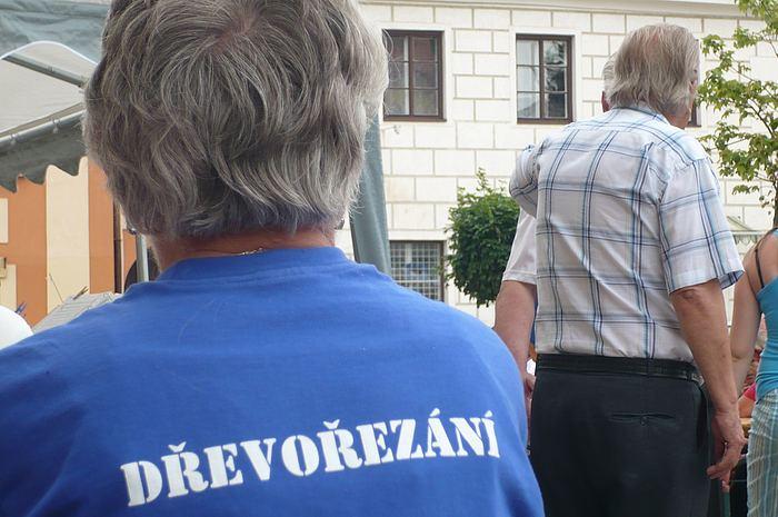 Fotografie ke článku: Jedenáctý ročník Dřevořezání je v plném proudu