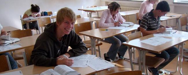 Fotografie ke článku: Maturitu nanečisto si v říjnu vyzkoušeli i v Telči