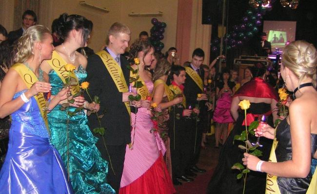 Fotografie ke článku: Maturitní ples 4.AS: Tanec v režii GymBeam