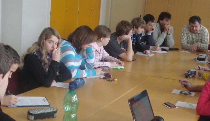 Fotografie ke článku: Zápis ze čtvrté schůze Studentského parlamentu