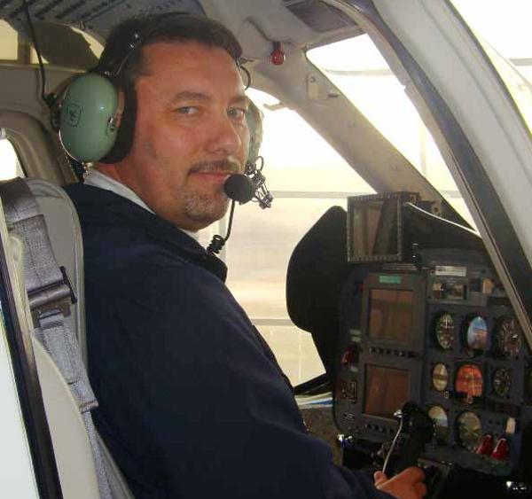 """Fotografie ke článku: """"Cena lidského života je pro mnoho lidí jenom pár čísel,"""" míní pilot Stanislav Tarasovič"""